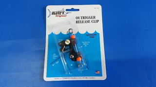 Blacks Outrigger Release Clip